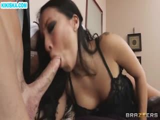 Скриншот Вместо мужа секси азиатка шпилится с дворецким