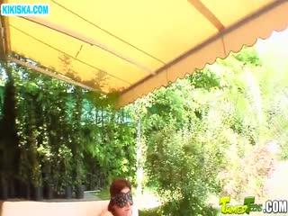 Скриншот Девочки с большими жопами напросились на групповуху