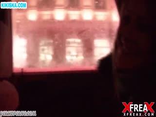 Скриншот Чел развел девку с улицы на любительское порно
