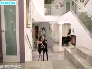 Скриншот Красотка изменяет мужу с любовницей