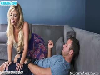 Скриншот Сделал массаж блондинке и натянул ее